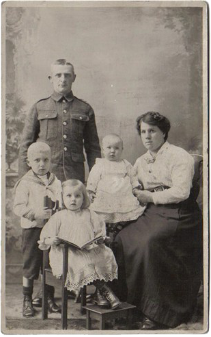 Arthur Dalby with wife and children